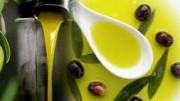L'olio fresco conserva un colore meraldino.  La stagionatura di solito giova, ma dopo un anno possono iniziare le prime difficoltà di conservazione, che diminuiscono quanto cresce la raffinazione