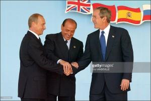 Berlsconi unisce le mani a Russi e americani molto prima dell'arrivo di Trump