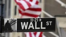 Wall Street simbolo non a caso della maxi economia finanziaria: le bolle e i derivati sono nati lì. Sono il male pernicioso dell'economia reale e quindi della micro economia