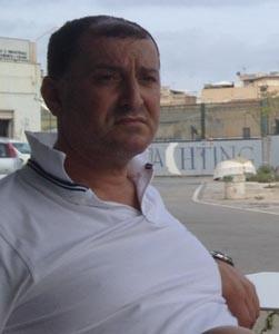 """Mimmo Asaro uno dei più noti comandanti di pescherecci a mazara protagonista della """"guerra del pesce"""" nel Canale e di proteste ripetute per le condizioni del porto mazarese"""