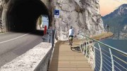 """Ecco il rendering di un tratto della pista """"a sbalzo"""" come verrà presso Limone del Garda: ecco come rendere fruibili scorci """"difficili""""della narura..."""