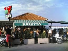 Folla al Baretto: ha prolungato i giorni di apertura...