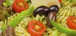 Tanti vegetali e ...la pasta: tutto vegetariano. Ma non è un obbligo...