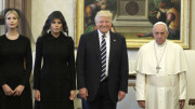 Donald Trump dal Papa: è un americano che ha capito che la politica giusta è quella della mano tesa. Sia per scelta morale, sia per puro interesse: per non soccombere...