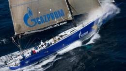 Esimit Europa 2 la barca che detiene il record in t. reale della Palermo Montecarlo