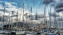 Società Canottieri Palermo Barche ai pontili nella sede del Molo Lupa alla Cala