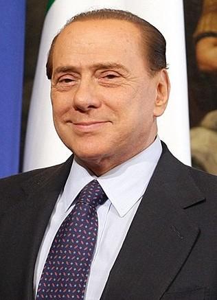Silvio Berlusconi: fateci caso, braccato da decenni, è ancora lì.  Il fatto è che per fregare uin uomo ce ne vorrebbe un altro.
