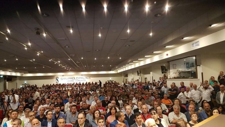 Pienone di folla nel massimo salone. L'Udc in Sicilia punta al 10%