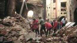 Un'immagine dell'attentato di via dei Georgofili a Firenze. Qualcuno aveva deciso di destabilizzare  il sistema per ...cambiare l'Italia. Non erano vendette di mafiosi nati fra i monti di Corleone e Palermo... Di Camorra e 'Ndrangheta di taceva ancora, o quesi...