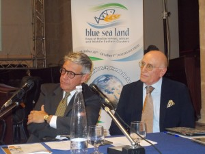 """Il """"patron"""" Giovanni Tumbiolo e S.E. Umberto Vattani già dirigente general alla Farnesina"""