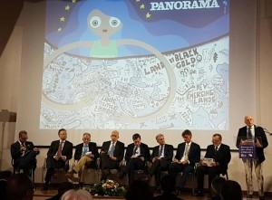 Pregnante di messaggi politici ed economici la conferenza su Panorama del Mediterraneo. Parla il decano dei diplomatici italiani Umberto Vattani. Siamo nella sala congressi Ex Cinema Diana in piena casbah.