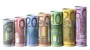 Brutte lo sono queste banconote, ma ora all'Ue non vogliono neppure che le vediamo: le sostituiremo con le carte di credito? Che cosa avremo allora in cambio dell'importo pagato?
