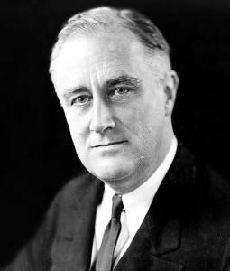 """Franklin Svetlano Roosevelt noto anche per la politica del """"New deal"""" fra il 1933 e il 1937, allo scopo di risollevare l'economia, a partire dall'America, dopo la grande depressione del 1929.."""