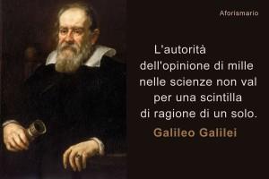 """Lo """"spietato"""" parere di Galileo acquista nuovo valore: intervistatoti con un microfono mirano a convalidare l'opinione dei passanti selezionati dal redattore/regista..."""