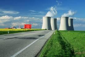 Il nucleare rispetta l'agricoltura, non emette CO2 (perché non c'è combustione) ma solo vapore acqueo. Comunque la fisssione sarà prsto sostituita dalla fusione chg rieolverà del tutto il problema energetico.. L'energia è tutto, si traìsfrma in tutto