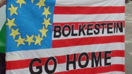 Non solo in Italia la contestazione alla Bolkestein ha assunto toni aspri. E non c'è settore che non protesti...