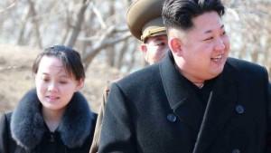 im Jong-un e la sorella Kim Yo-Jong (ansa)