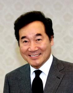 Lee Nak-yeon presidente sudcoreano. Seul è da tempo una protagonista nello sport. Sede di Olimpiadi. Si ricorda anche la dolorosa sconfitta calcistica dell'Italia...