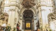 Cattedrale di palermo: l'altare maggiore.