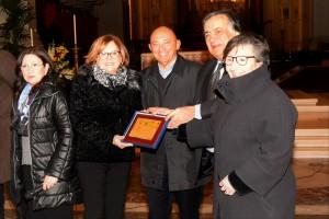 Premiati per la loro attività benefica i coniugi Franco la Valva e Serena Stassi La Valva.