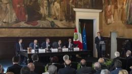"""Musumeci nell'aula della """"Storia patria"""" parla per la celebrazione dei 70 anni della Corte dei conti sella Regione Siciliana. (Foto Angelo Modesto)"""