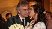 Andrea Bocelli and Può sembrare banale, ma Andrea Bocelli, grazie alla fede nella vita da parte della sua famiglia e sua ha superato il suo grave handicap, vivendo felice e divenendo un ambasciatore dell'Italia nel mondo. E' solo uno fra i tanti e diversificati, esempi possibili...
