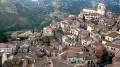 """Un grande scorcio di Petralia Sottana. Nonostante la rivalità (anche calcistica) con """"La Soprana"""" un'escursione nel vicino centro """"in pizzo alla montagna"""", con le sue eccellenti architetture (da scoprire) completa """"il tutto""""."""