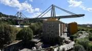 Quel ponte che volava sulla città: la sfortunata Genova sede di tante recenti disgrazie. Si preghi il Signore per questa bella e importante metropoli dalla storia gloriosa.