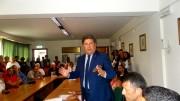 Sandro Morgana si rivolge successivamente a tutta la sala chiedendo così a ciascuno la massima attenzione. Il suo appassionato discorso è stato molto applaudito.