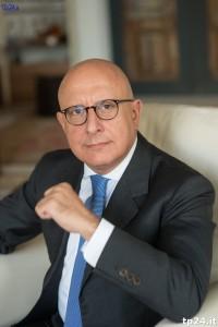 Gaetano Armao è un uomo competente, colto e brillante: se non comprende lui gli estremi della materia in Sicilia siamo proprio fritti...