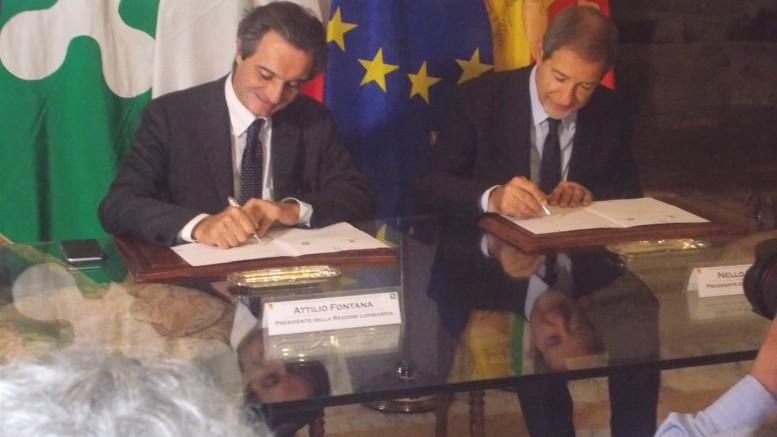 I governatori Fontana e Musumeci siglano l'accoro Lombardia -Sicilia.