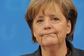 """La Merkel a bocca asciutta. Ne fa di tutti i colori: """"la dittatrice"""" e la democristiana di sinistra. La crisi di onnipotenza le fa credere di potere tutto. Invece è su una falsa pista e ormai non piace neppure ai tedeschi. Eppure si dice che li abbia messi in posizione di primato in Europa."""