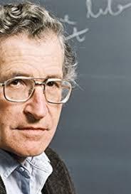 """Noam Chomsky filosofo e polemista politico americano è considerato il maggior """"linguista"""" vivente. Esperimenti recenti hannodimostrato che ilsuoassunto di base era errato:illingiiosta e missionario Dan Everett vivendo con una tribù amazzonica che non sapeva neanche contare ha confermato che senza linguaggio non si può neanche pensare, ma anche che non vi sonocapacità innate:illinguaggio è un fatto sociale. Nel conflitto fra natura e cultura prevale la seconda."""