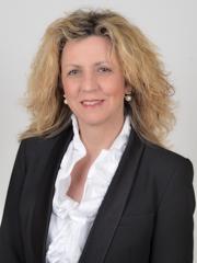 La bella Barbara Lezzi, ministro per il Sud è stata ospite di Musumeci a Palazzo d'Orleans.