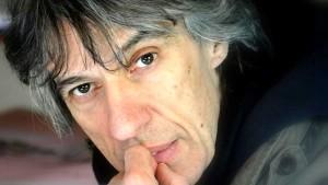 Antonello Belluco ha diviso con il produttore sceneggiatura e regia.