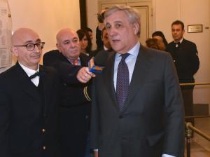 Se n'era accennuato,ma alla domana specifica sul Ponte sullo Stretto da parte del nostro direttore germano Scargiali sul Ponte, Tajani risponde: è un'assoluta necessità.