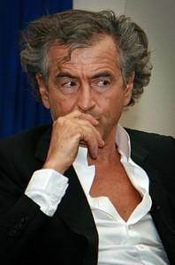 Bernard Henri Lévy filosofo e saggista,protagonista di cronache mondane.