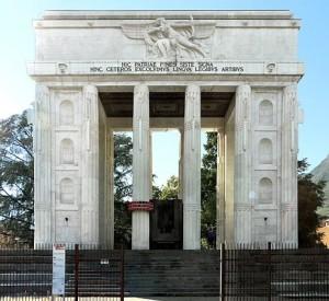 Bolzano: Monumento alla Vittoria. Da allora il Trentino fu terra italiana.