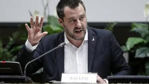 Matteo Salvini, vice premier e ministro dell'Interno durante una conferenza stampa