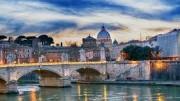 Roma: il suo grande carisma non riesce a determinare la morale e la cultura nazionale. Troppi imprevedibili e paradossali problemi le legano le mani.