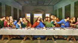 Nella notte in cui fu tradito... Gesù sa tutto come Dio, ma affronta eroicamente la croce anche da uomo, ben conoscendo le sofferenze cui andrà incontro. Oltre al dolore, l'insulto e l'ingiuria. La storia si ripete contro chi lo ama. E' un assurdo: Gesù ha predicato solo amore e pace. Leonardo da Vinci era un peccatore ma ricorse a tutta la propria arte nel rappresentare un momento cruciale della vicenda evangelica.