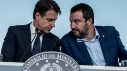 Conte - Salvini, l'accoppiata vincente da 24 ore è questa. I grillini restano in compagnia della loro stolidanza.