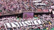 Curva nord ai tempi dell'entusiasmo.Non sempre gli spalti erano così pieni. La campagna anti rosanero della Palermo ufficiale influenzava i tifosi...