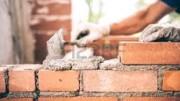 Cazzuola e mattoni, anche ritratti con semplice verismo, sono fra i simboli storici della massoneria. Questa - comunque - tende a costruire...