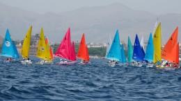 Derive Hansa (qui in andatura di poppa): imbarcano un equipaggio di singolo (diversabile) o di coppia formato anche da un diversabile e un normodotato.