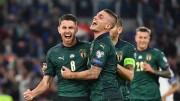 La gioia del gol:la giovane Italia di Mancini continua a vincere (7 vittorie consecutive, ad un passo dal record di Pozzo, vicinissimo: il prossimo avversario è il Liechtenstein...