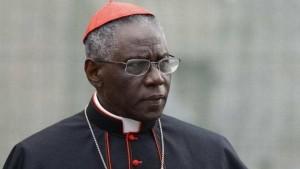 """Il Cardinale Robert Sarah ricopre un'importante carica a Roma. E' fra i pochi personaggi a parlare di Africa nei """"giusti termini."""