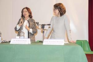 La presidente Sandra La Porta introduce a parlare la Dott.ssa Assuntina Morresi, venuta dall'Umnbria e protagonista di un colto e interassante intervento.