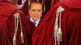 Dopo Berlusconi è la volta di Salvini? Verrà processato? Adesso, almeno, l'accusa lanciata ha ...un tono meno frivolo, più serio.