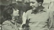 Giulio Andreotti e Anna Magnani, espansiva come sempre, in una foto ormai storica. Si trovavano al Festival di Venezia. Andreotti era sottosegretario allo spettacolo. Il figlio ne difende il ricordo...